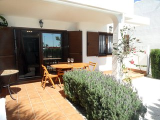 Luxury ground floor apartment, 200m from the sea. Mar de Pulpi 33
