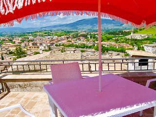 TERRAZZA CATHEDRALE - sleeps 4 persons - car unnecessary - private pool 7 kms
