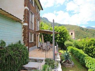 2 bedroom Villa in Seravezza, Tuscany, Italy : ref 5240428