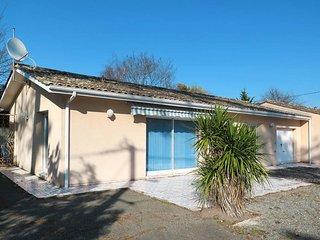 3 bedroom Villa in Montalivet-les-Bains, Nouvelle-Aquitaine, France : ref 558176