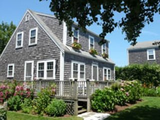 9 Beach Street, Nantucket, MA