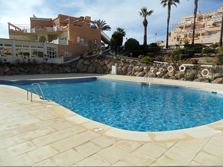 Spacious apartment with wonderful views over the Mediterranean. 2 bedrooms.
