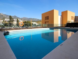 1838 - 2 bed garden apartment, central Marbella