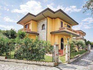 3 bedroom Villa in San Vito-Cerreto, Tuscany, Italy : ref 5523664