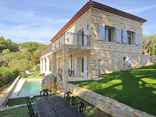 Mougins Luxury Villa newly renovated sleeps 8-10