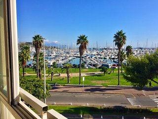 Antibes apartment newly renovated 1 bedroom sea and port views