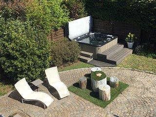 Studio de luxe avec Sauna et Spa/ Jacuzzi