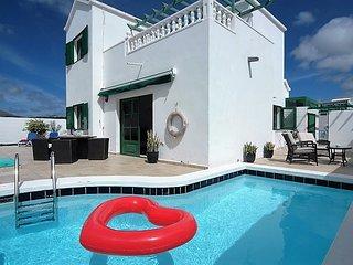 Centrally located villa in Puerto del Carmen  LVC289352