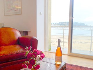 3 bedroom Apartment in Les Bas Sablons, Brittany, France : ref 5541518