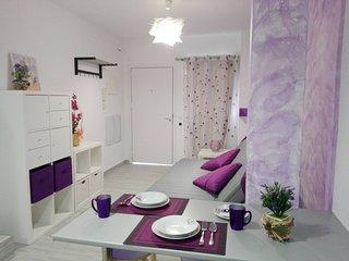 La Siezzzta: centrico duplex renovado para 4 con azotea y patio