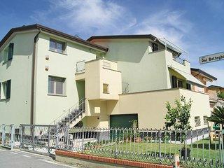 2 bedroom Villa in Fiumaretta di Ameglia, Liguria, Italy : ref 5566653