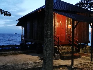 Jemuruk Island Chalets JC-07