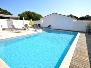 House - 400 m from the beach