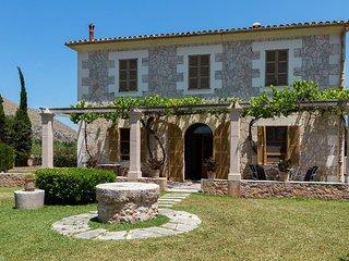 2 bedroom Villa in Port de Pollenca, Balearic Islands, Spain : ref 5505211