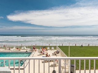 OB204 - Oceanfront Oceania Beach Club
