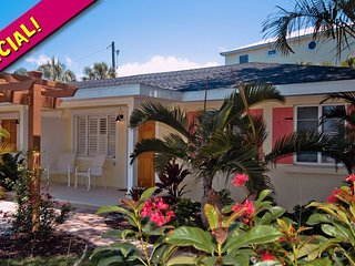New Heron: 2BR 'Perfect Spot' a Block from Beach