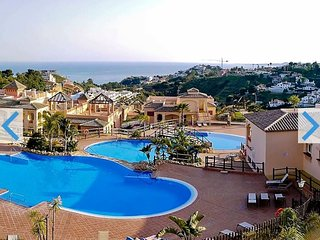 Amazing Holiday Flat Benalmadena with Sea Views