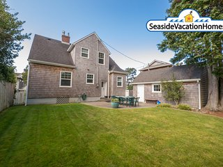 1149 Beach Dr - SEASIDE RETREAT:  Peeks of Ocean - 400 ft To Beach