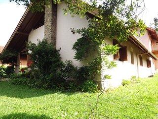 Bela Casa no Lago Negro