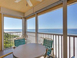 Vacation Villas 632, 1 Bedroom, BeachFront, Heated Pool, Elevator, Sleeps 4 - Co