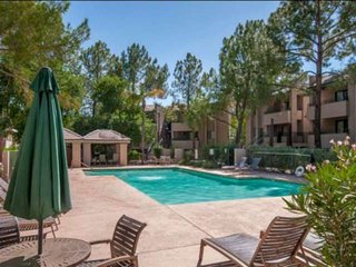 Minutes to Old Town Scottsdale, Giants Stadium, Golf & Bike Paths! Heated Pool/S