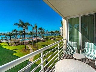 Bahia Vista 11-333, 2 Bedroom, Bay View, Heated Pool, Spa, WiFi, Sleeps 6 - Cond