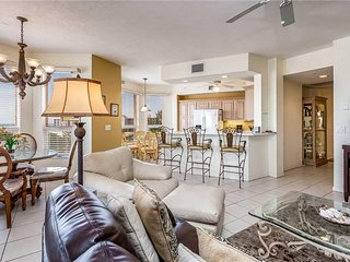 Palm Harbor 504W, 3 Bedrooms, Elevator, Pool, Hot Tub, WiFi, Sleeps 6 - Condomin