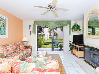 Sea Winds 19, 2 Bedrooms, Pool and Spa Access, Washer Dryer, WiFi, Sleeps 6 - Co