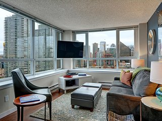 Centennial Tower Cityscape Suite