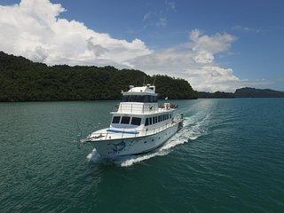 Sea Splash Sunset Cruise Langkawi Holidays