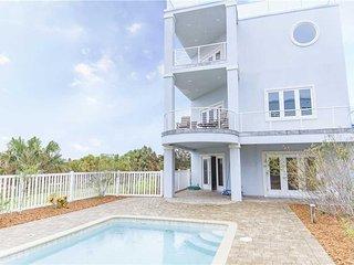 Beach Treasure, Ocean View, 4 Bedrooms, Private Pool, Sleeps 12 - House