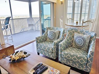 Beautifully Furnished One Bedroom with an Exceptional Gulf view, A3114A