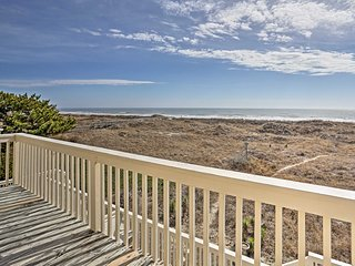 Sunset Beach Home w/Deck & Views - Steps to Beach!