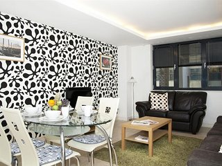2BR 2BA Apartment with Lift 37148