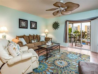 Royal Pelican 322, 2 Bedrooms, Canal View, Elevator, Heated Pool, Sleeps 6 - Con