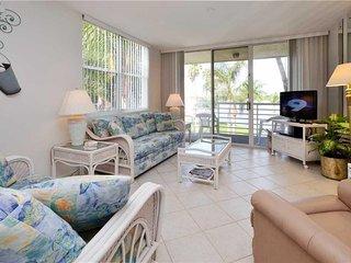 Bahia Vista 8-309, 2 Bedrooms, 3rd Floor, Corner Condo, Pool, Sleeps 6 - Condo/T
