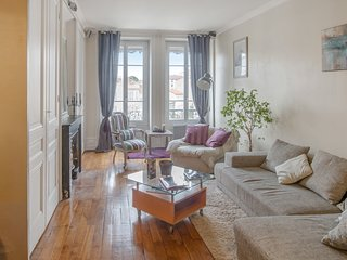 Charming apartment in the heart of La Croix Rousse - W470