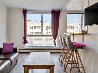 Cosy apartment close to Paris - W281