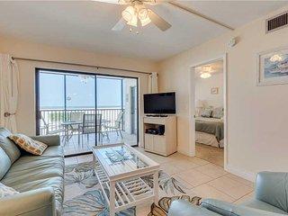 Carlos Pointe 113, 2 Bedrooms, Gulf Front, Elevator, Heated Pool, Sleeps 6 - Con
