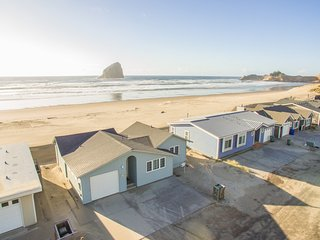The Honeymoon #107-Oceanfront cabin in the sand in Pacific City.