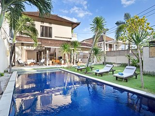 Big private pool villa umalas 3 bedrooms