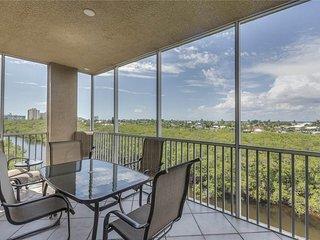 Estero Bay 401, 3 bedrooms, Elevator, Heated Pool, Tennis, Sleeps 6 - Condominiu