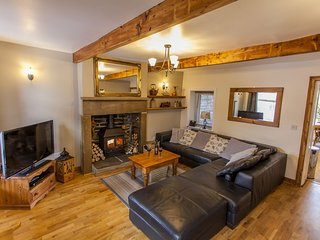 *Mulberry Cottage* Haworth, Yorkshire, Beautifully restored character cottage