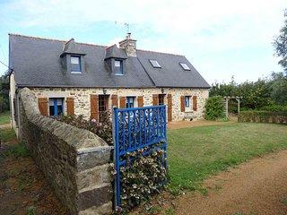 Maison des Hortensias au coeur de la Presqu'île de Lézardrieux proche Bréh