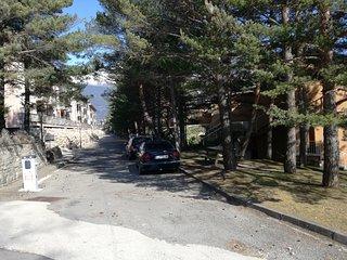 Apartamento a 15 min Astun-Candanchu-jaca.zona muy tranquila,con buenas vistas