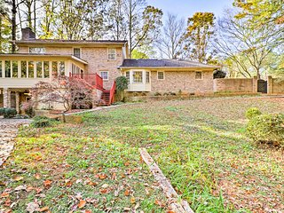 Woodland Home w/Shared Pool by Stone Mountain Park