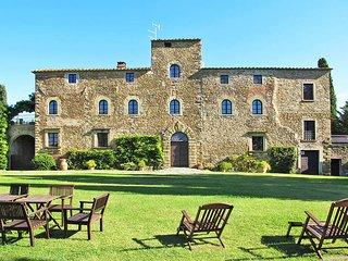 10 bedroom Villa in La Chiassa, Tuscany, Italy : ref 5446246