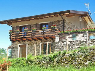 3 bedroom Villa in Castello dell'Acqua, Lombardy, Italy : ref 5440848