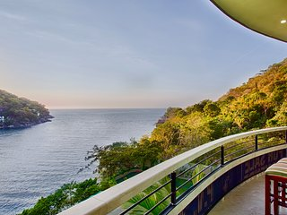Beautifully decorated Panoramic suite, offering impressive views of the bay