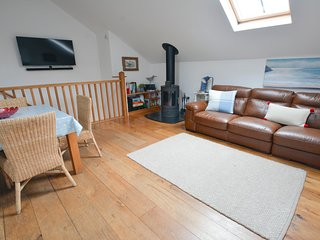 Stables Georgeham | 2 Bedrooms | Sleeps 6 | Dogs Welcome